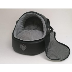 Eh Gia  Car igloo Black+heart +grey inside  Size 2